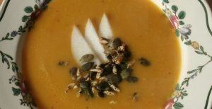 Lisa Fabry Nutrition & Yoga Therapy butternut, pumpkin and pear soup