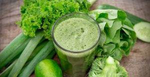Lisa Fabry Nutrition & Yoga Therapy green juice